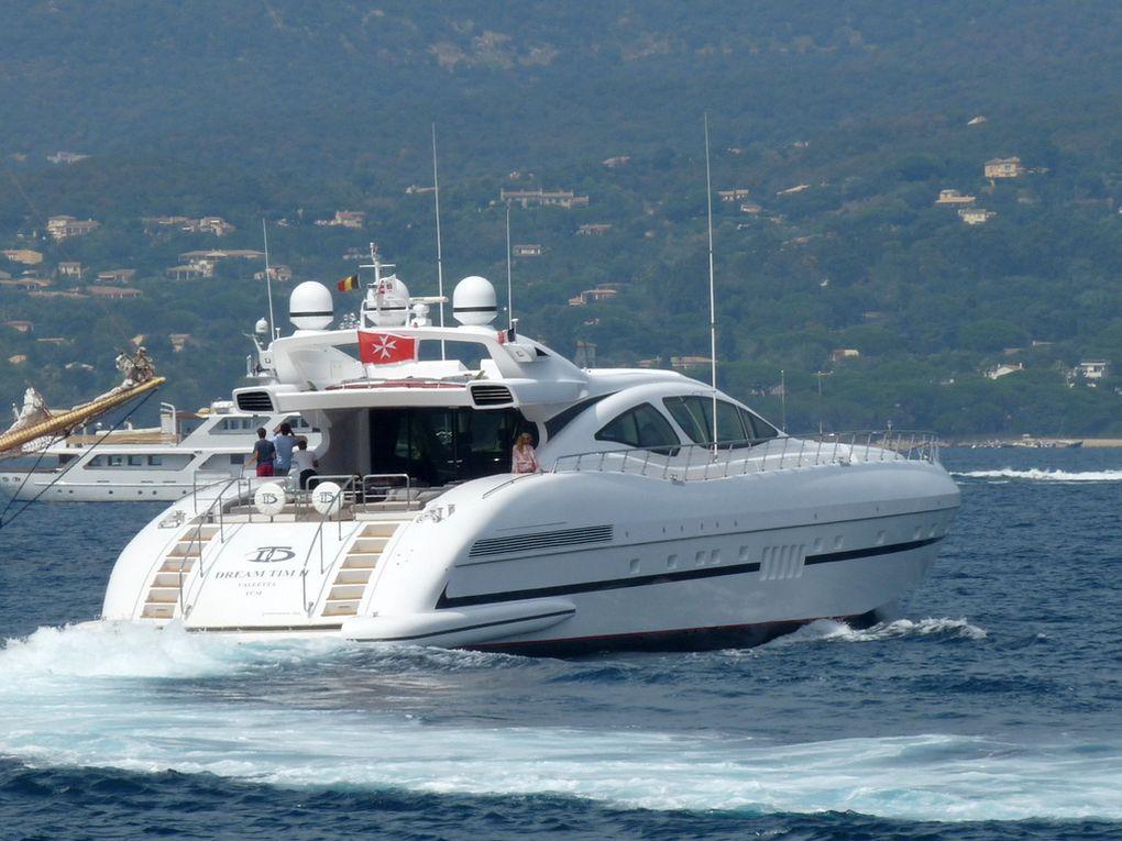 DREAM TIM II , appareillant du port de Saint Tropez le  18et 25 aout 2016