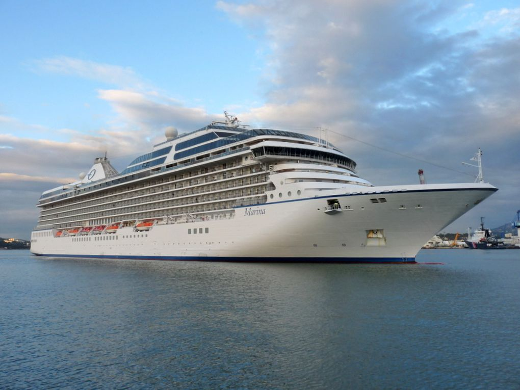 MARINA , arrivant au port de Toulon le 14 novembre 2016