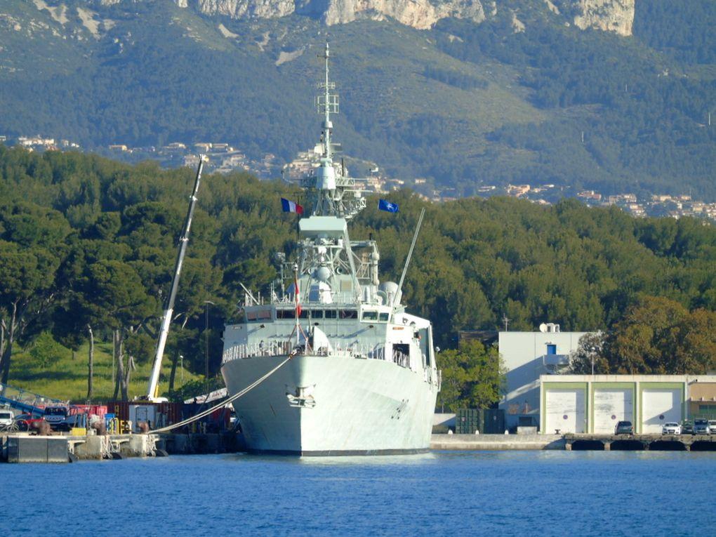 ST  JOHN'S  340 , frégate de la marine canadienne  à Toulon le 13 avvril 2017