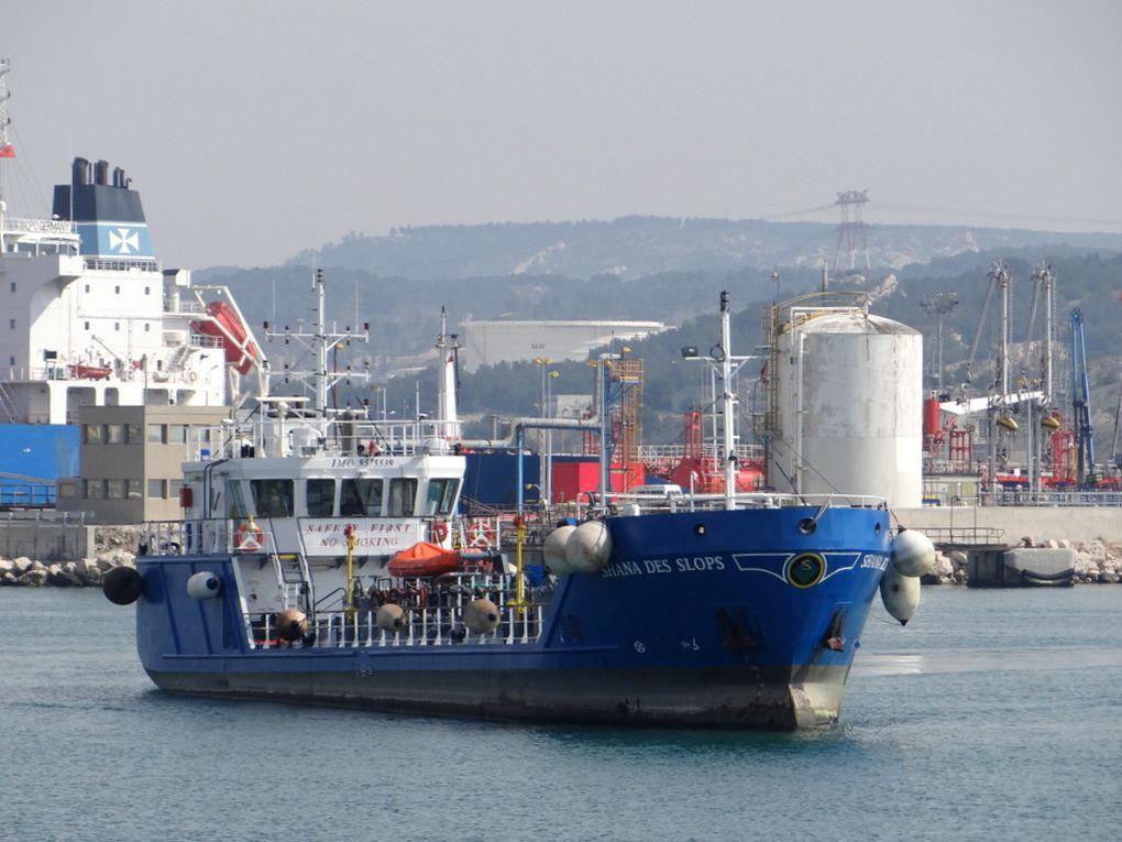 SHANA  DES SLOPS , appareillant de Port de Bouc pour Fos Sur Mer  le 19 mars 2015