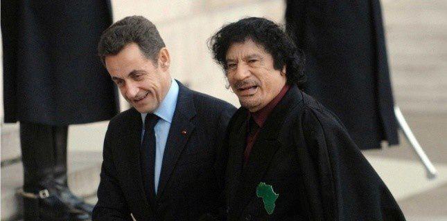Nicolas Sarkozy rattrapé par Kadhafi