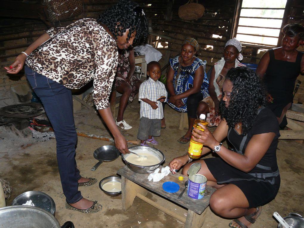 Visite des membres de l'association au village de Sepp