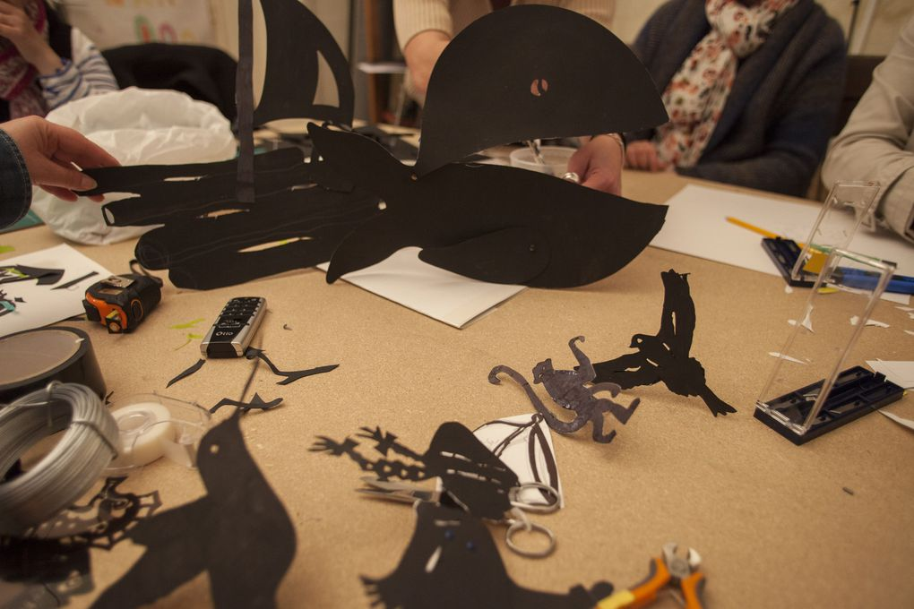 Ce printemps 2014, le Vent Coulis anime un atelier de création de théâtre d'ombre