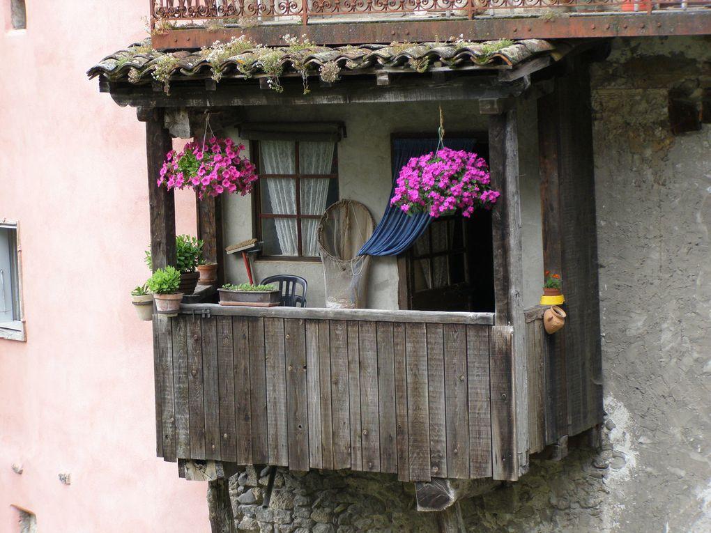 PONT EN ROYANS - village balcon - VERCORS -