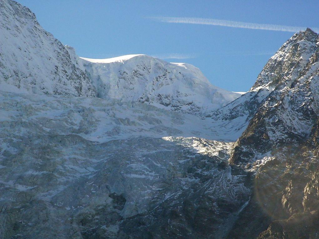 GLACIER d' AROLLA - Valais ( CH ) - vallée d' Evolene en val d' Herens .