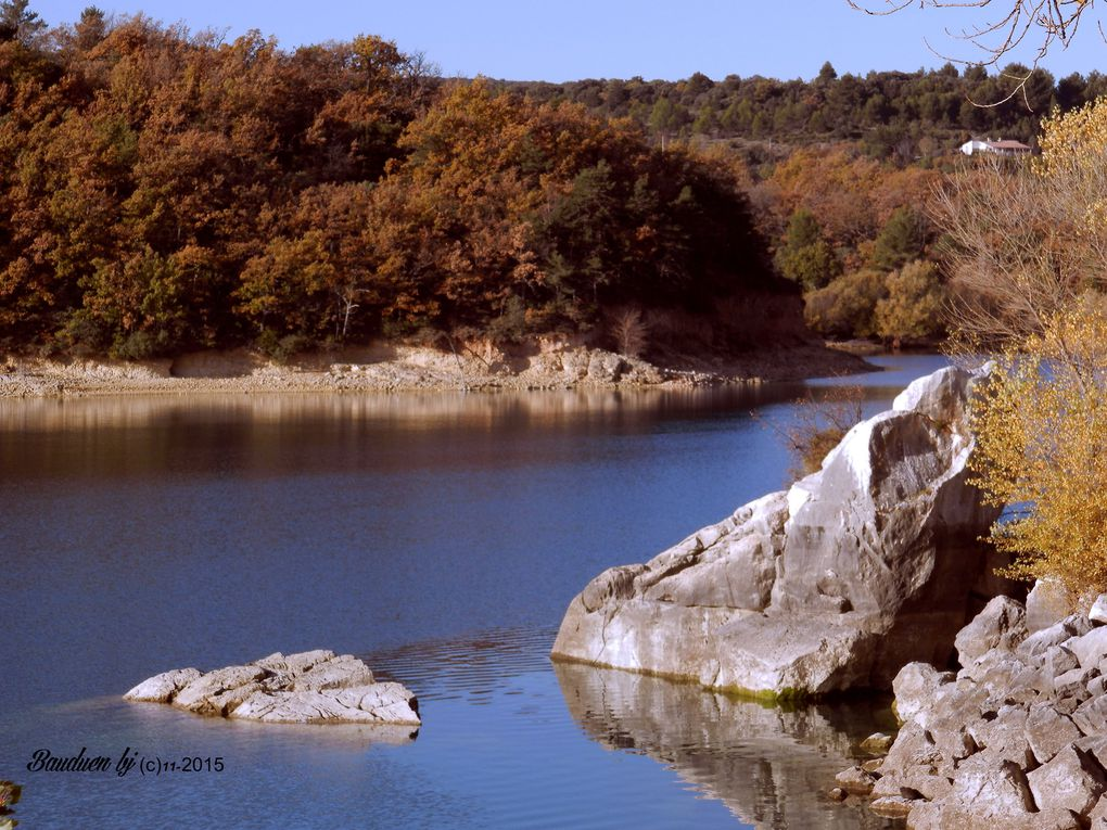 LAC de SAINTE CROIX en AUTOMNE ( alpes de Haute Provence - Var )