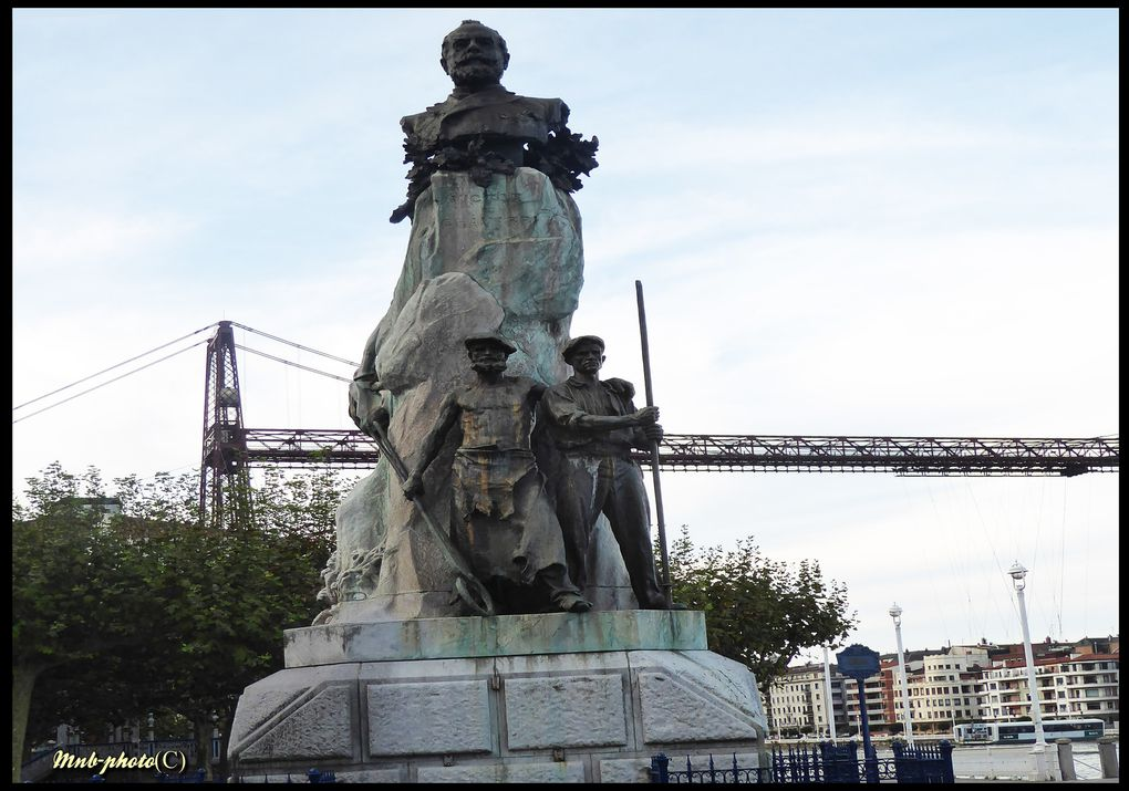 PORTUGALETE etape sur les rives du NERVION - Le PONT TRANSBORDEUR -