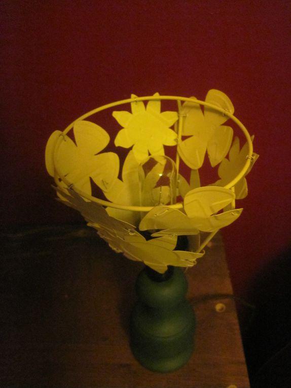 conserves et leur couvercle, cuivre d'alternateur, enjoliveur, capsules et pot de fleur...