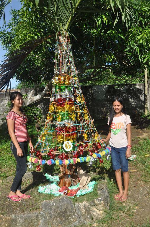 Sapin de Noël malgré le typhon