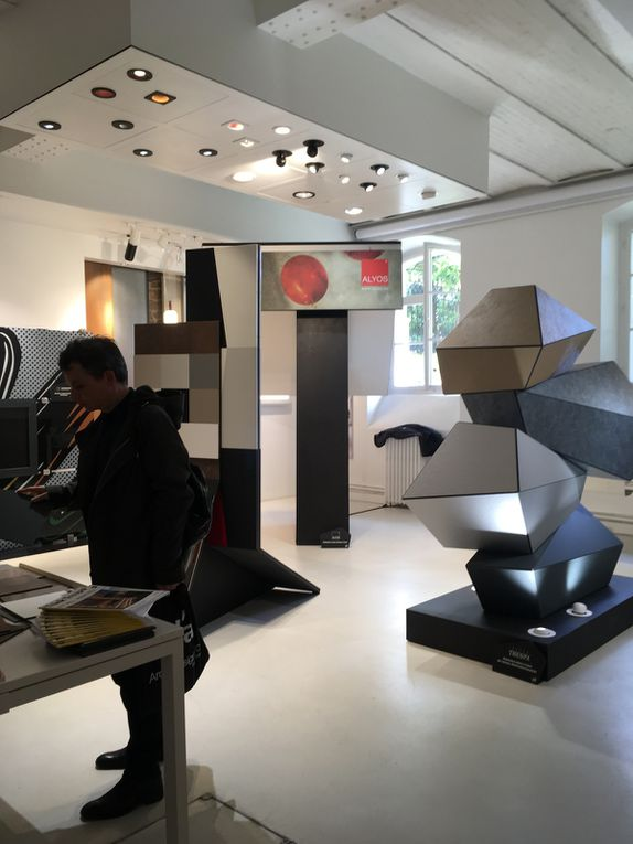 Materials &amp&#x3B; Light au show-room Targetti