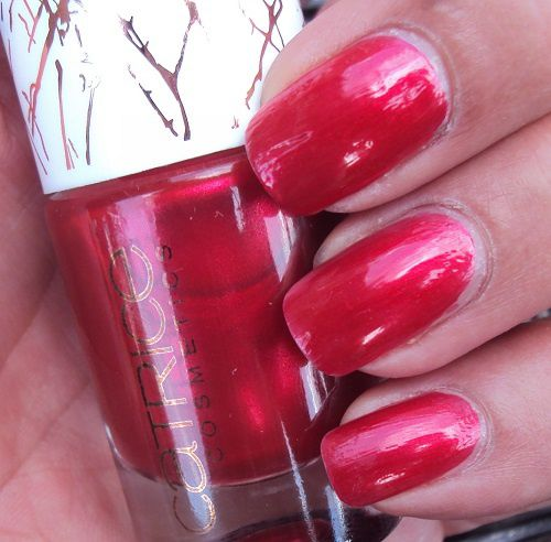 Sur mes ongles : Alluring Red de Catrice (coll. Metallure)