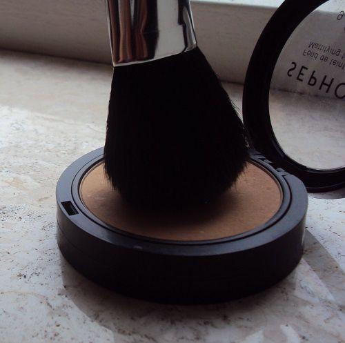 Ce pinceau-poudre qui copie le 150 de Mac Cosmetics