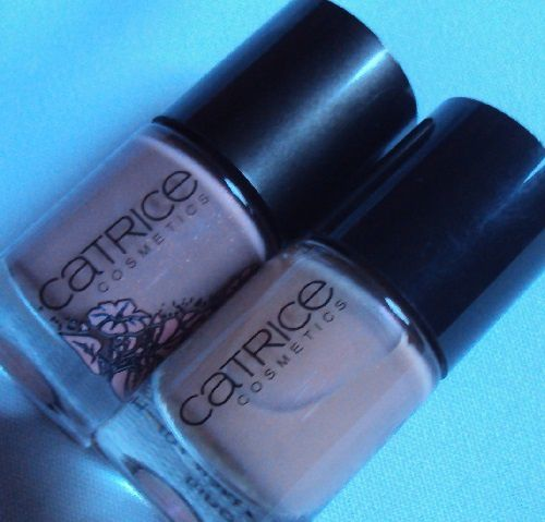 Sur mes ongles : Vienna Rose Woods de Catrice (coll. ViennART)