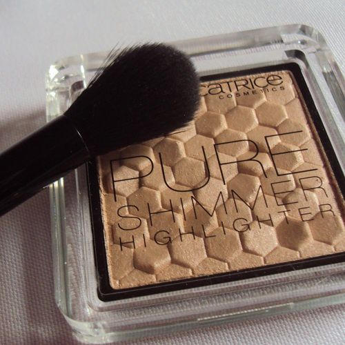 Pure Shimmer Highlighter de Catrice (coll. Nude Purism)