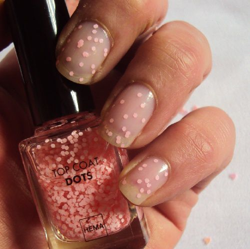 Sur mes ongles : Top coat dots de Hema (shade 05)
