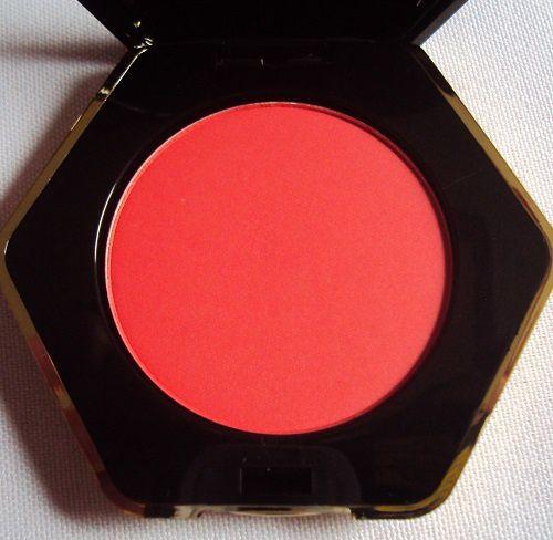 Mon blush imperial Red de H&amp&#x3B;M