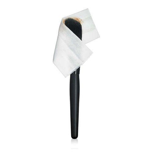 Dupe alert : lingettes nettoyantes pour pinceaux de ELF