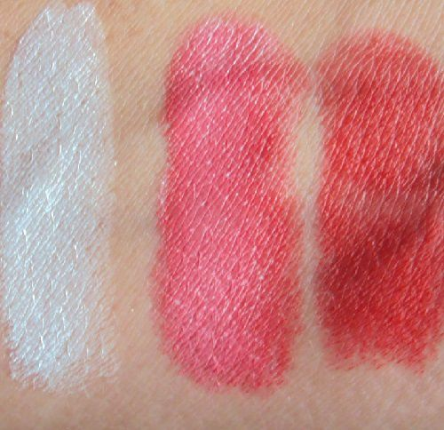 Colour boosting lipstick de Essence