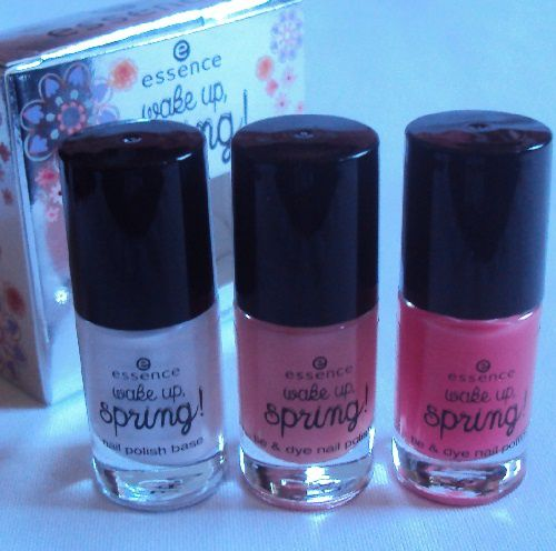 Les Tie &amp&#x3B; Dye nail polish sets de Essence (coll. Wake up, Spring !)