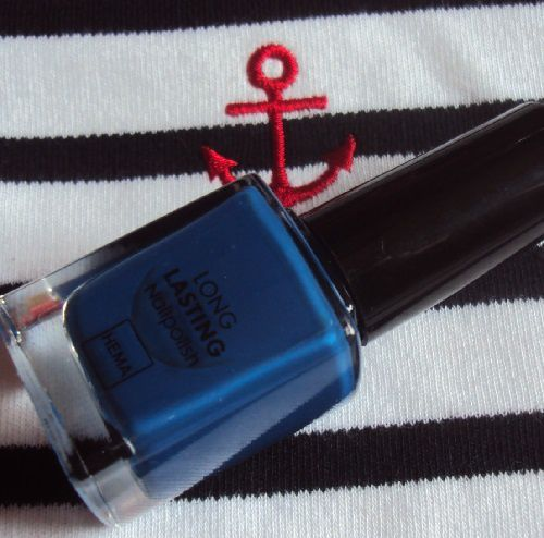 Sur mes ongles : Royal Blue de Hema