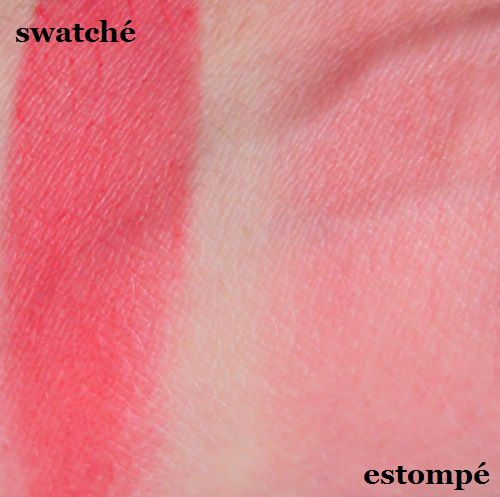 Sleek MakeUp : Crème to powder blush (079 Crimson)