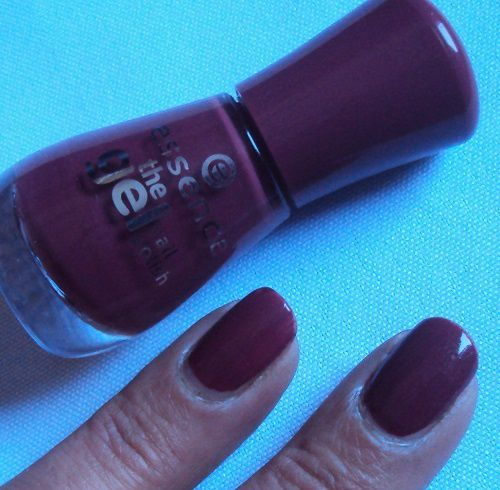 Sur mes ongles : More than a feeling de Essence