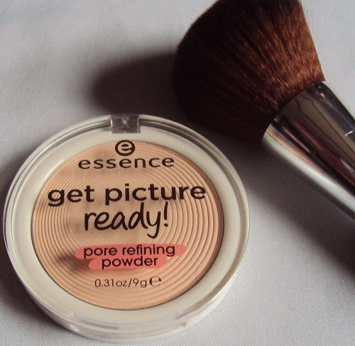 Pore Refining powder de Essence