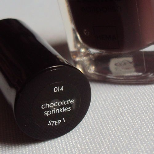 Sur mes ongles : Chocolate Sprinkles de Hema