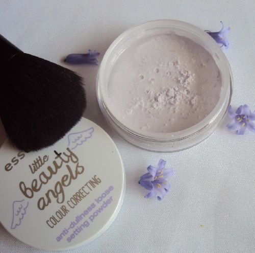 I'm flawless lilly!, la poudre correctrice de Essence