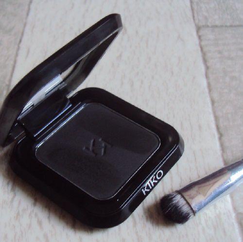Mon fard High Pigment matte black de Kiko