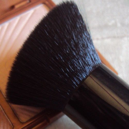 Sculpturing face brush de W7