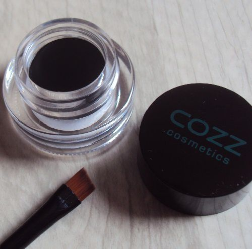 Cheap Thrills : gel eyeliner de Cozz