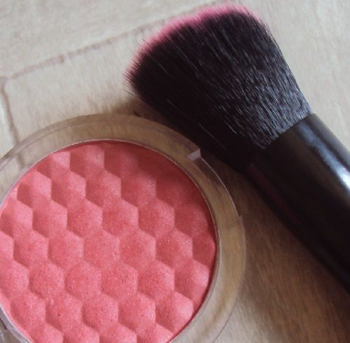Blush brush de Essence (coll, I want candy)