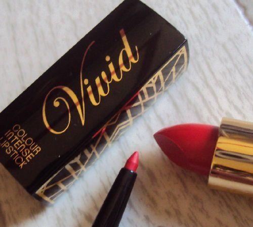 Sur mes lèvres : Hot Chili vivid lipstick de MUA Luxe