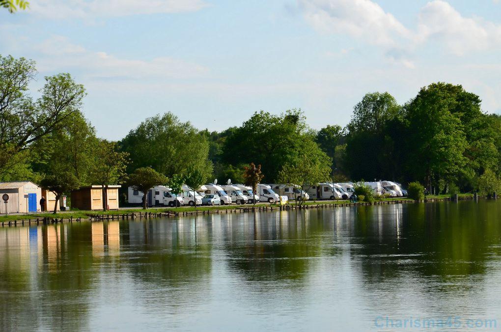 Aire de camping-car de Gurgy  (Voyages en camping-car)