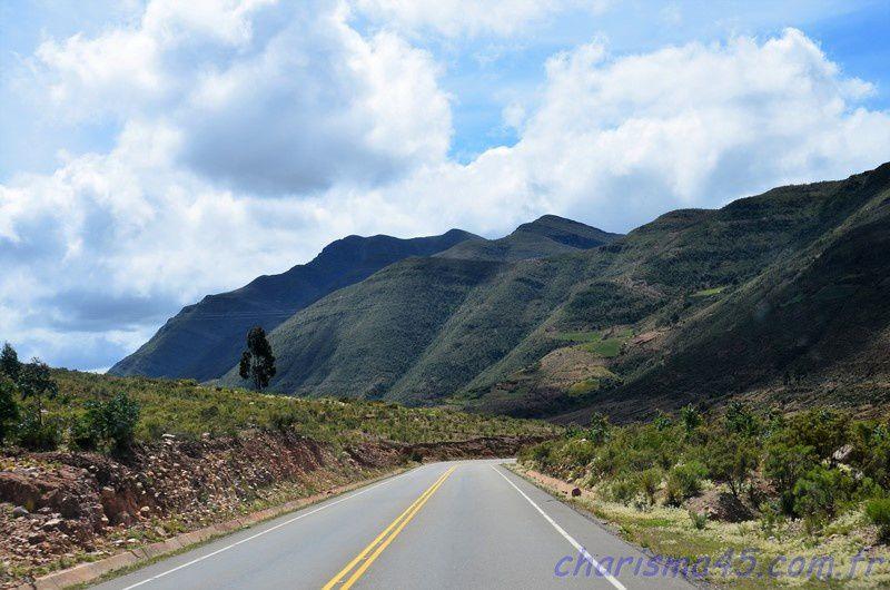 Ruta 6 Sucre-Tarabuco (Bolivie en camping-car)
