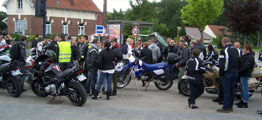 """balade moto au profit des """"Restaurants du Cœur""""."""