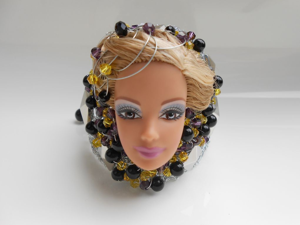 Bracelet tête de Barbie by Jennifleur