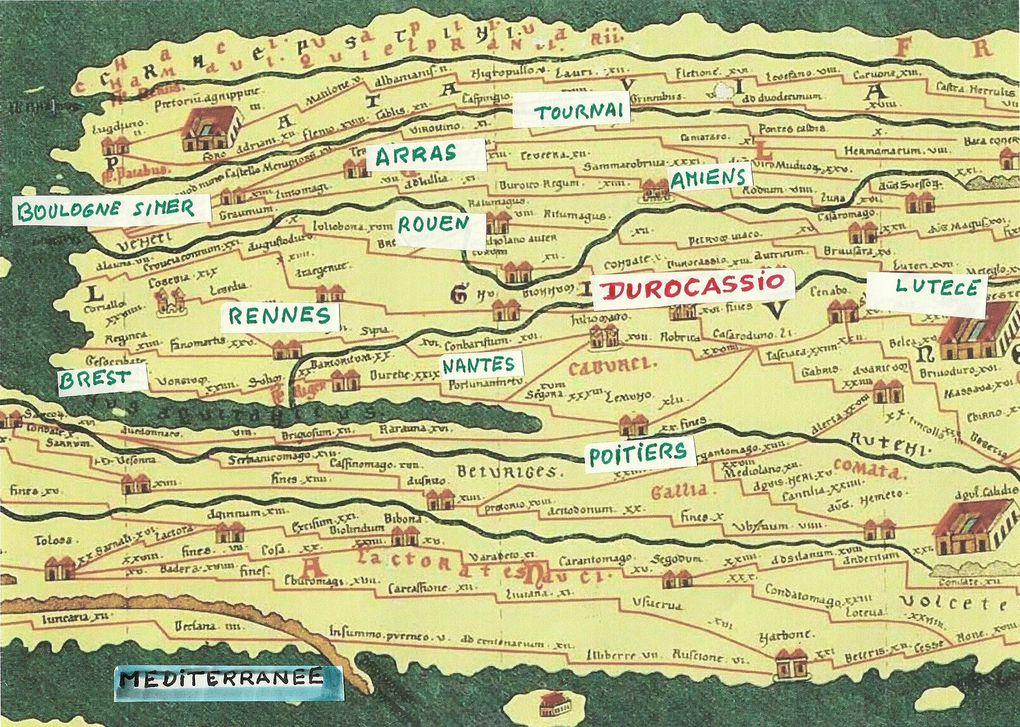Potin durocasse-Table de Peutinger-Comte Robert er de Dreux-Siège d'une ville, guerre de cents ans-Le Beffroi de Dreux-La bataille de Dreux 1562.