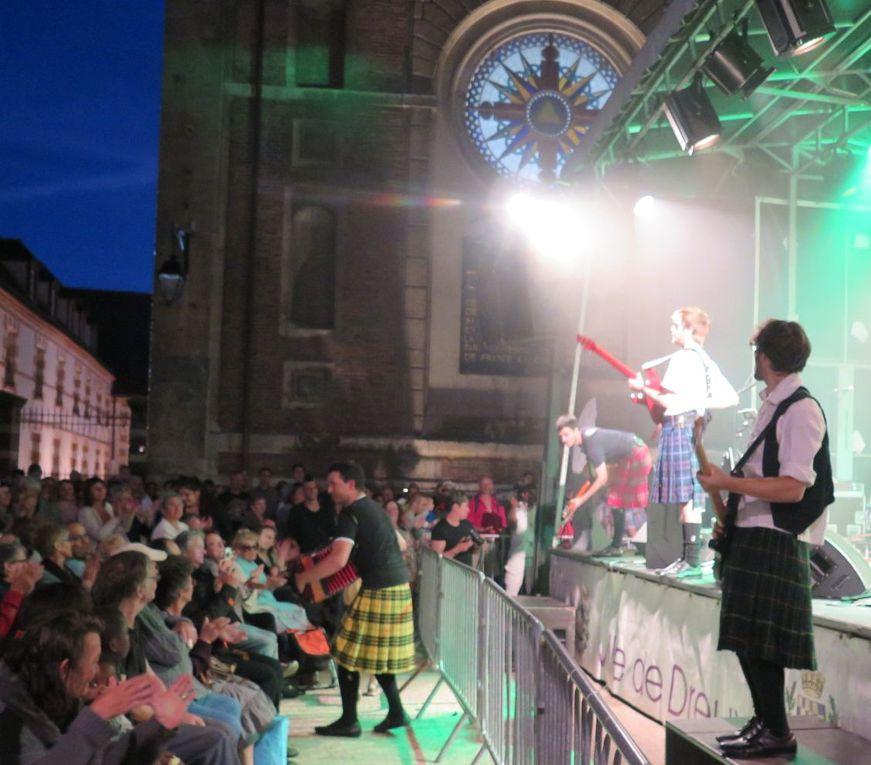 ETE SOUS LES CHARMES 05 07 2016- Rock celtique.