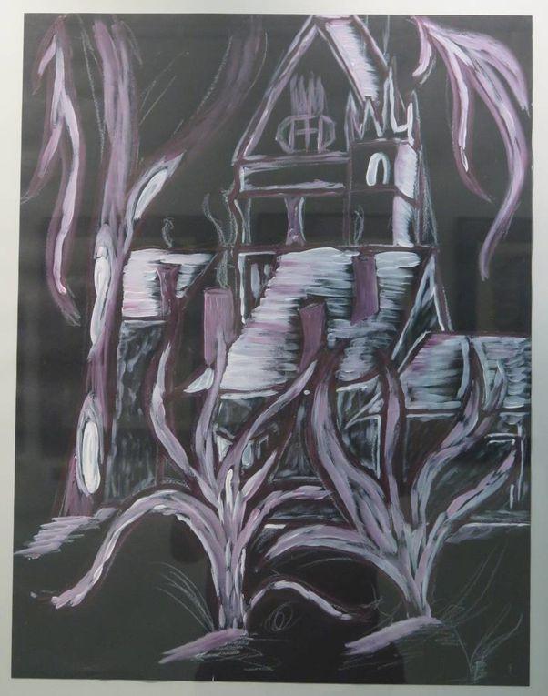 EXPOSITION &quot&#x3B;PREMIERS PAS&quot&#x3B; A la Chapelle de l'Hôtel Dieu de Dreux.