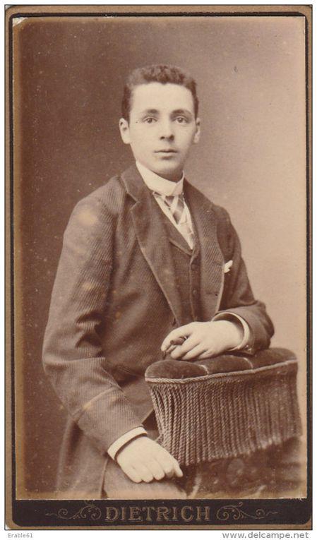 EN 1896 ETAIT CREE LE &quot&#x3B;PHOTO DROUAIS&quot&#x3B;, ANCETRE DU PHOTO CLUB DROUAIS
