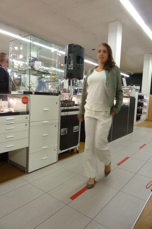 25 - La mode selon &quot&#x3B; Les Galeries Lafayette &quot&#x3B;, via Miss Saintes Pays de Saintonge &amp&#x3B; Nos mannequins .. presque &quot&#x3B; Top ..... &quot&#x3B; - Images du jour