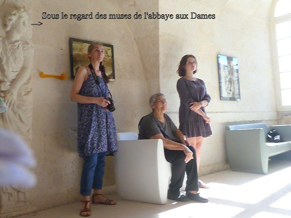 28 - Familles saintaises heureuses - Chemins de St Jacques.... - Trou de la ville - Lola Montémont la violoncelliste - Ecurat invitation