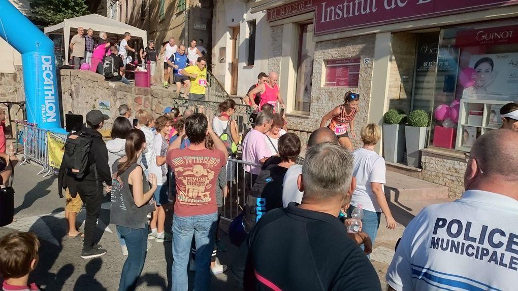 Environ 300 coureurs au Départ
