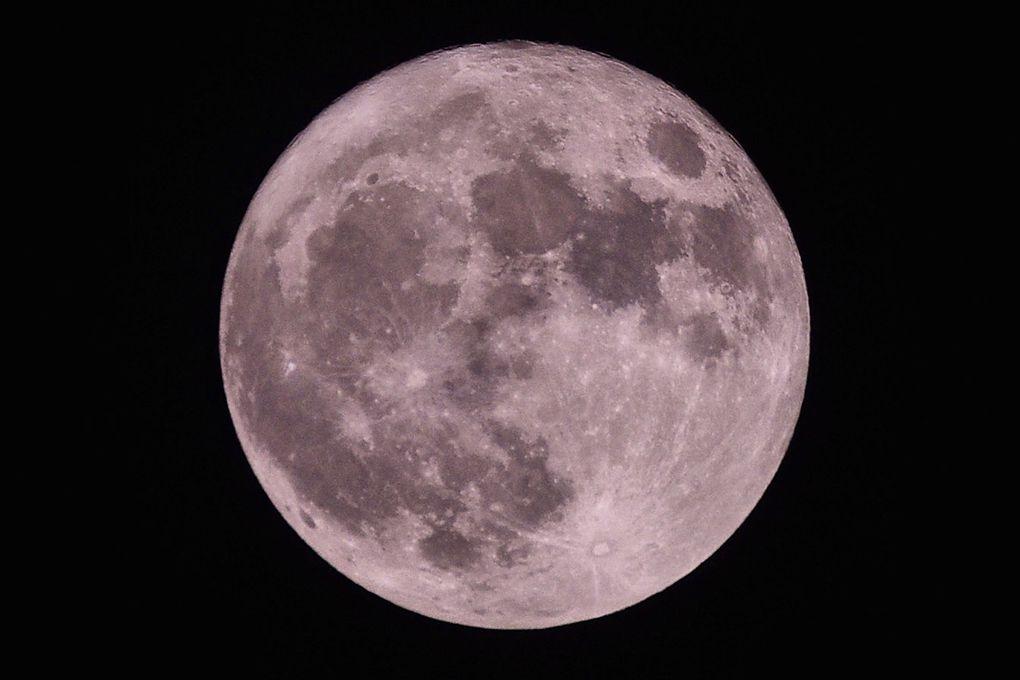Notre satellite - la Lune