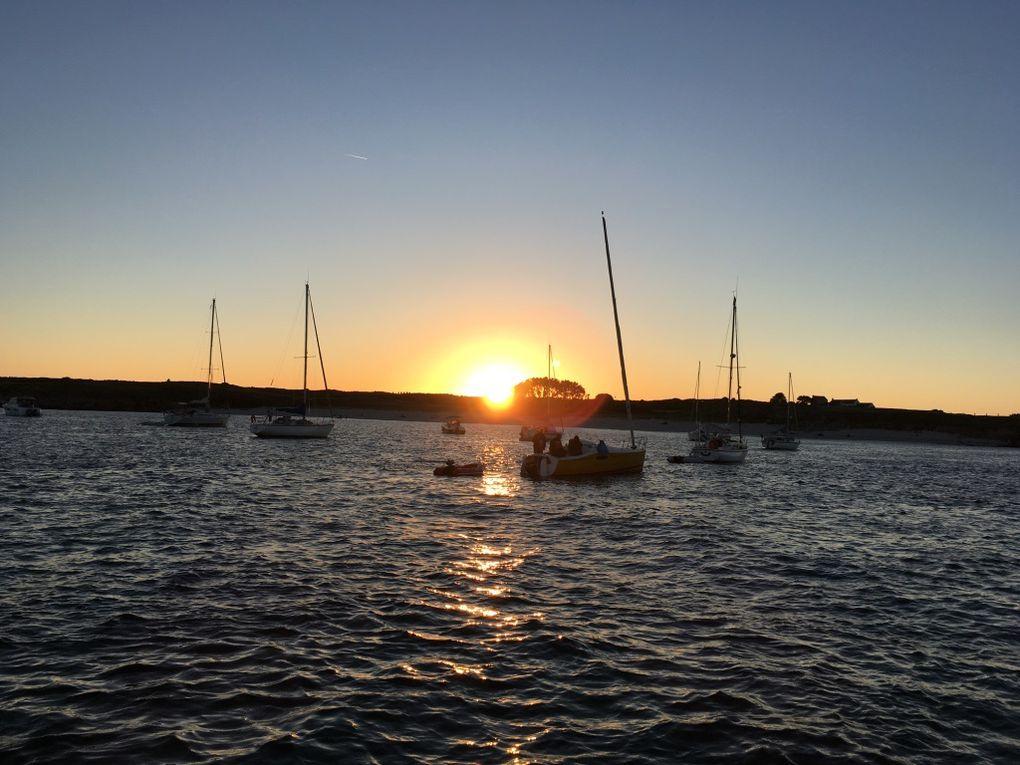 Fin de journée et coucher de soleil à Port Andro