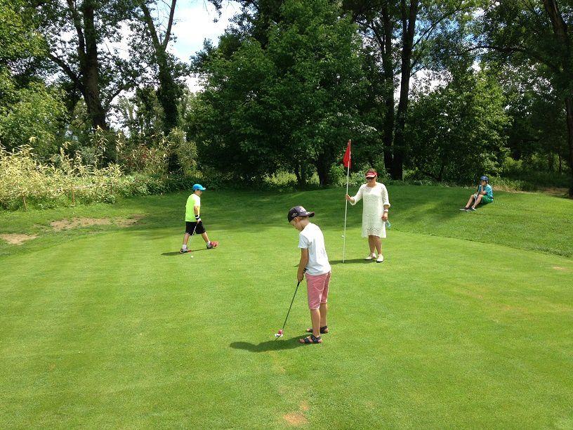 Nouvelles photos &quot&#x3B;Fête de fin d'année Ecole de Golf&quot&#x3B;