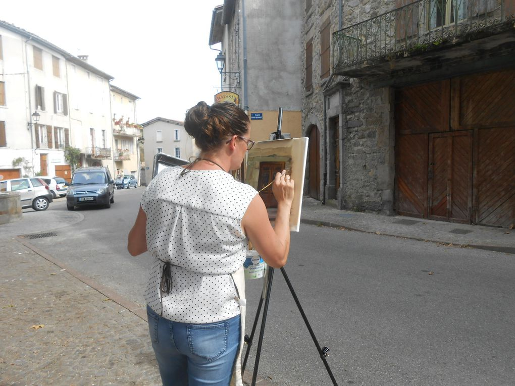 Vendredi 23 septembre, entre ombre et lumière, peinture in situ, sur la place St-Bonnet