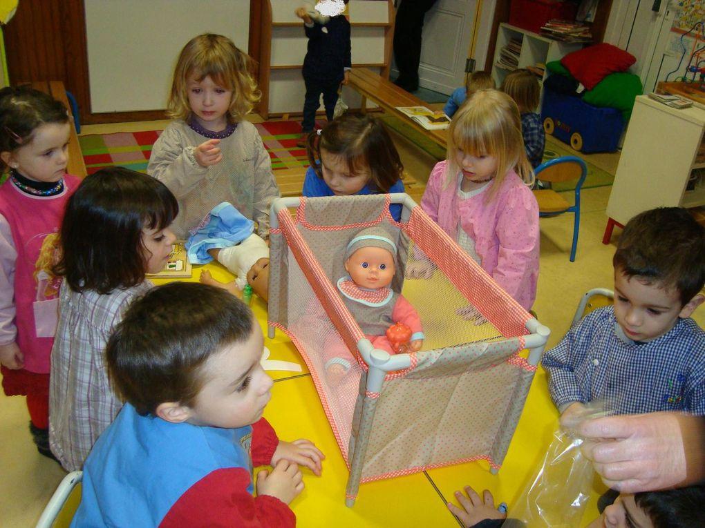 Les maternelles ont reçus des cadeaux à Noël... photos !
